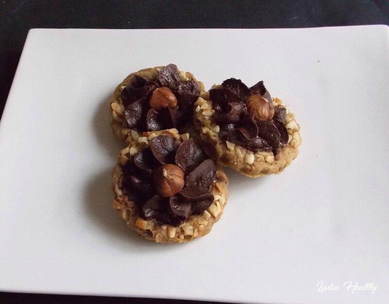 biscuits a la noisette et fleur au chocolat3