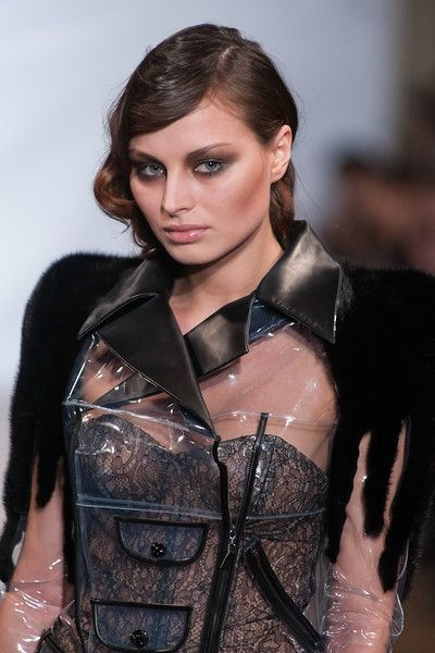 on aura tout vu by Yassen Samouilov and Livia Stoianova Defile Couture SS 2013 (53)-L
