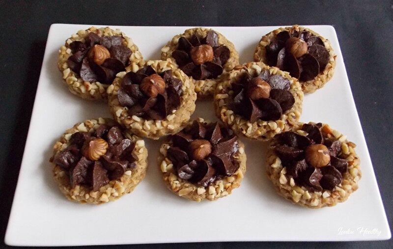 biscuits a la noisette et fleur au chocolat2