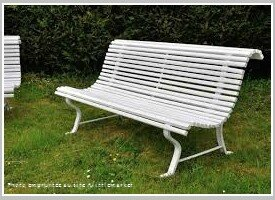 fauteuil bon heures au jardin