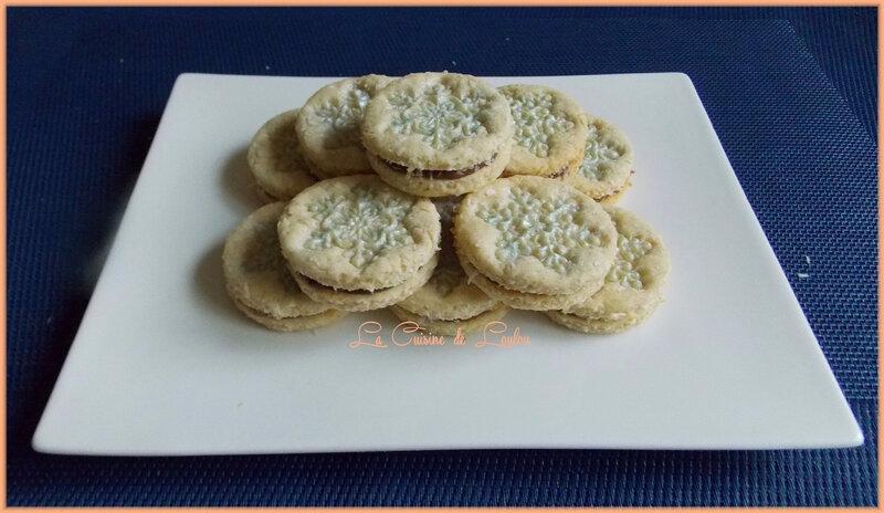 biscuits-noix-de-coco-fourres-chocola1