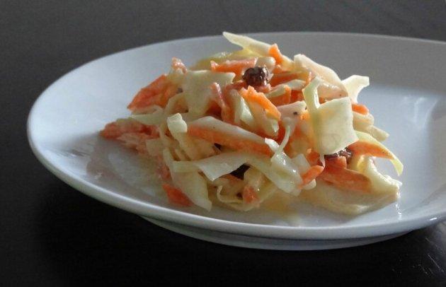 Fleanette's Kitchen - Coleslaw - Salade d'hiver chou, carotte et oignon