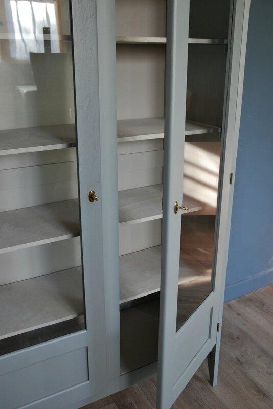 Ancienne Armoire Vitre Gris Bleu Vendue Atelier Vintage