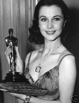 """Résultat de recherche d'images pour """"Vivien Leigh aux Oscars photos"""""""