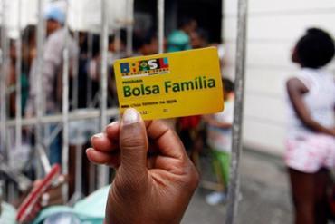 370_bolsa-familia_1480953