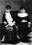 Pablo at seven years old, with Dolorès (Lola)