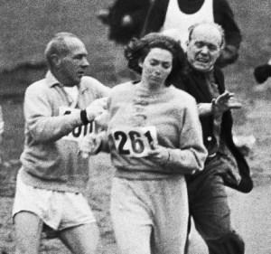 Kathrine Switzer running the Boston Marathon
