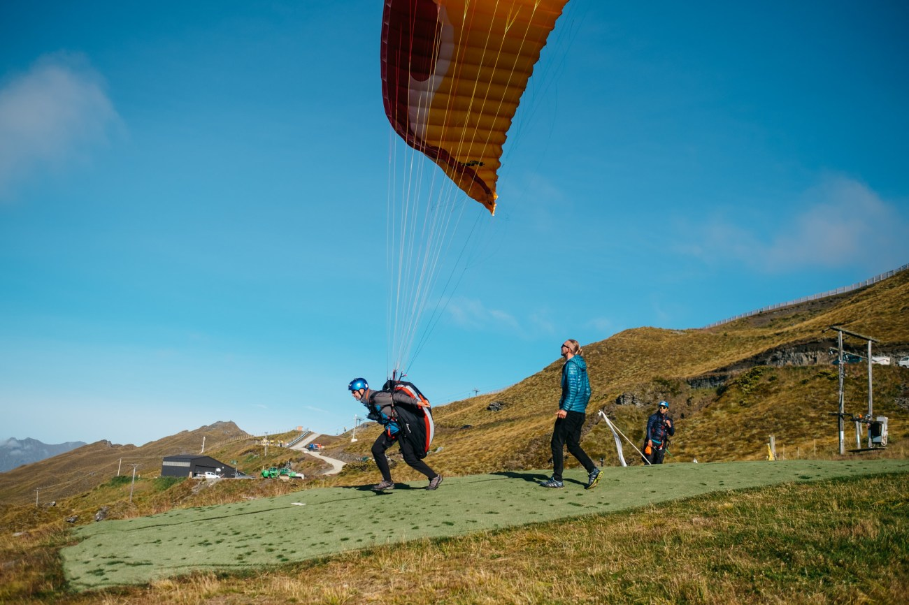 Paragliding New Zealand