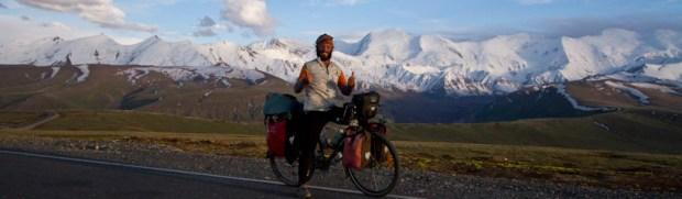 My first pass in Kyrgyzstan, towards Sary Tash