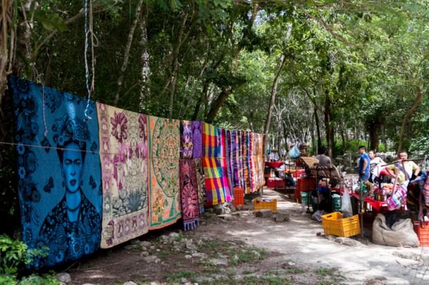 Vendors at Chichen Itza