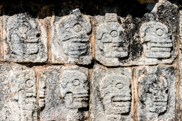 Skulls sculptures at Chichen Itza