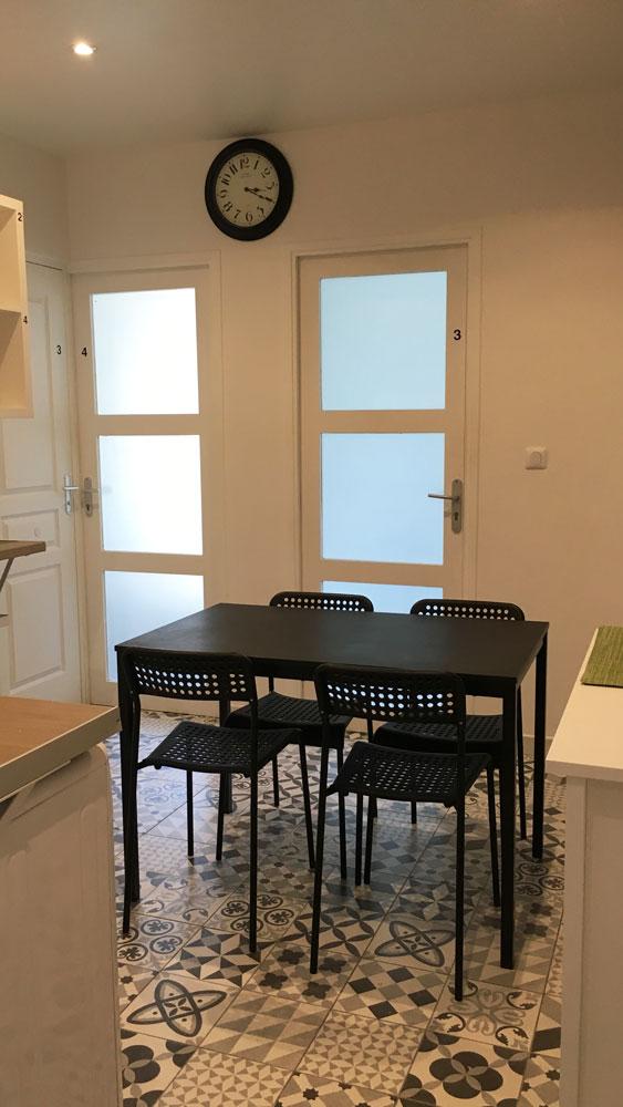 salle à manger logement étudiant externe à la prepa medecine PACES+ Nice