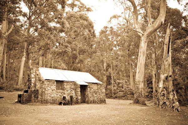 Three Huts On A Trail Pacificedge