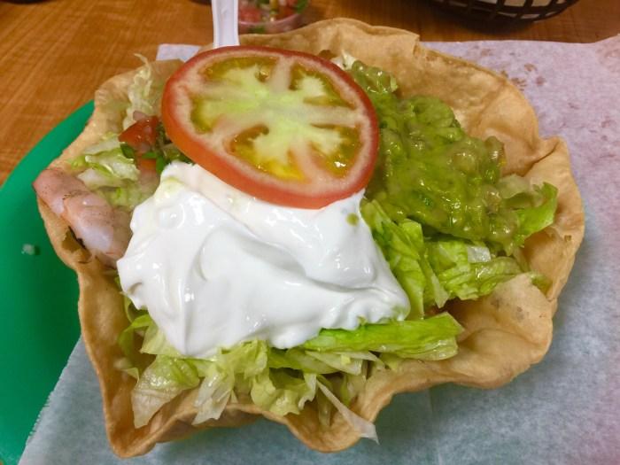 Shrimps taco salad