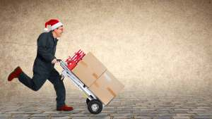 Choose the Most Reliable Way to Send Packages This Holiday Season