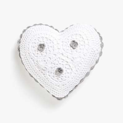 KIDS CROCHET HEART CUSHION