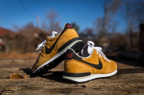 Nike Internationlist Leather Bronze $105