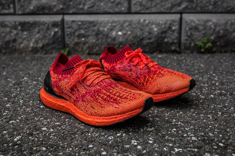 adidas Ultra Boost Uncaged LTD red angle