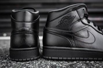 Air Jordan 1 Mid Black-Black-Dark Grey Noir-9