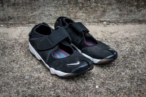 NikeAirRiftWEB-2