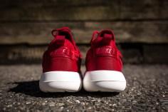Nike Roshe Two Gym Red-Black-Sail-7
