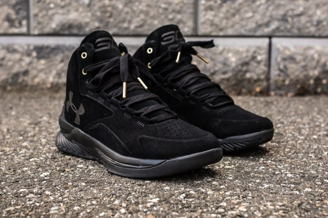 Under Armour Curry 1 Mid Black-Black Suede angle