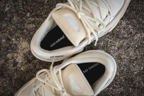 adidas-raf-simons-ozweego-bunny-s81161-15