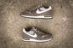 nike-air-zoom-epic-luxe-876140-200-12