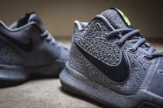 Nike Kyrie 3 852395 001-7