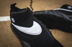 Nike Air Shake Indestrukt 880869 001-9