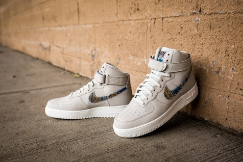 Nike Air Force 1 High '07 LV8 806403 005-10