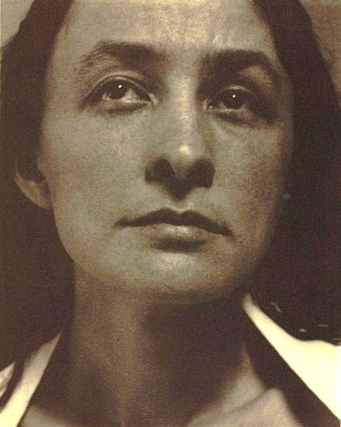 Photograph of Georgia O'Keeffe by Alfred Stieglitz in 1918.