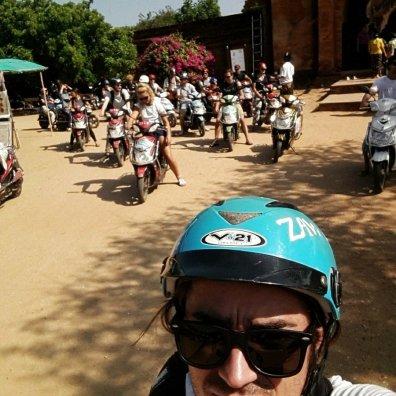 E-bike tour of pagodas