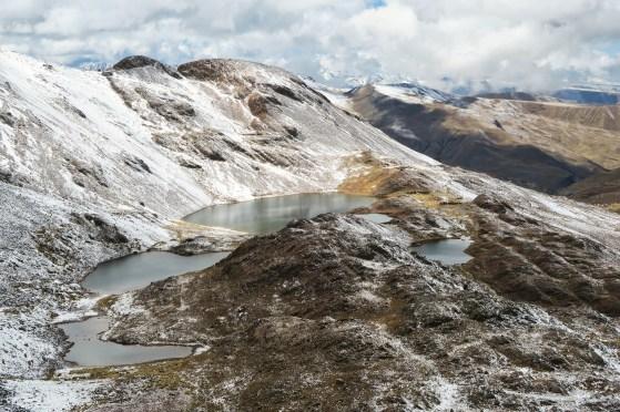 Hiking a 5000m peak near La Paz