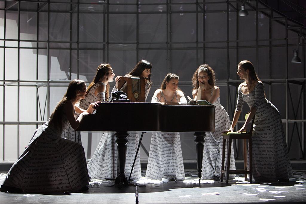 Maria-Moliner-Paco-Azorin-Opera-4