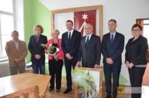 Podpisanie umowy o współpracy z miastem Javornik. Foto: UM Paczków