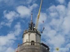Wieża paczkowskiego ratusza odzyskała iglicę