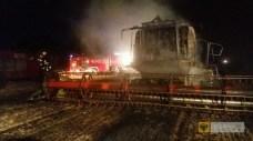 24 lipca | Pół miliona spłonęło na polu | Na polu pod Ujeźdźcem doszczętnie spłonął kombajn wart pół miliona złotych oraz dwa hektary pszenicy. | http://paczkow24.pl/pol-miliona-splonelo-na-polu/