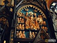 25 września | Staropaczkowski ołtarz już po renowacji | Niegdyś zdobił paczkowski kościół parafialny, a jego autorstwo przypisuje się szkole Wita Stwosza – gotycki ołtarz w Starym Paczkowie, jeden z najciekawszych zabytków na terenie gminy doczekał się renowacji. | http://paczkow24.pl/staropaczkowski-oltarz-zagadkowe-figury-i-wit-stwosz/