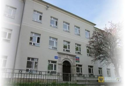 Budynek Szkół Stowarzyszeniowych przy ul. Kościelnej. Foto: snk24.pl