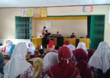 Sekolah Gugus III Kec. Lubuk Basung Kab. Agam menggelar seleksi peserta FLS2N. (fajar)