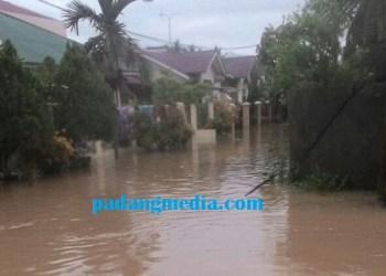 Banjir di Salingka Permai, Tabing. (ist)