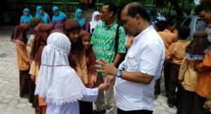 Tim Penilai Sekolah Adiwiyata Provinsi Sumatera Barat di SDN 15 Ngalau Kota Padangpanjang. (HUMAS Pemko Padangpanjang)