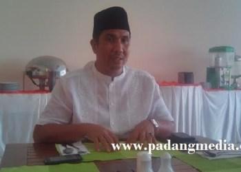 Ketua DPRD Padang, Erisman. (baim)