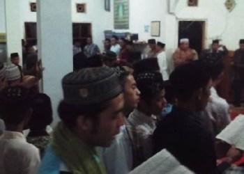 Salah satu kegiatan di Pesantren Darul Ulum, Padang Magek. (ist)