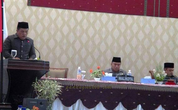 Rapat paripurna DPRD Kota Sawahlunto. (tumpak)