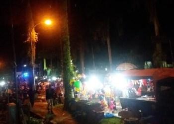Peringatan malam pergantian tahun di kawasan Harimau Agam, Lubuk Basung. (fajar)