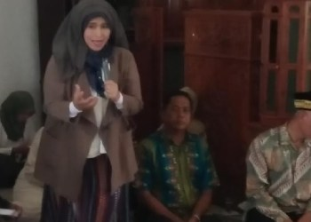 Neno Warisman di Padang. (ist)