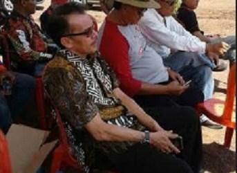 Desri Ayunda menghadiri kegiatan offroad yang diadakan Padang Jip Club. (ist)