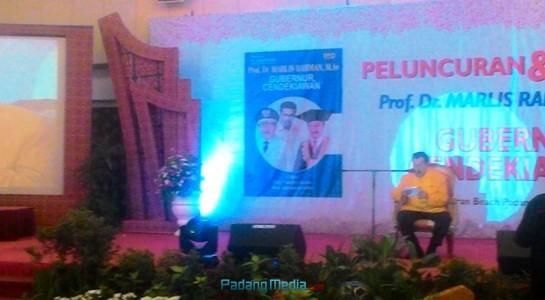 Peluncuran buku Marlis Rahman, Gubernur Cendikia, Minggu (24/9). (febry)